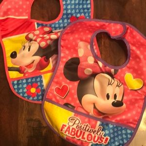 Minnie Mouse Bibs (2)